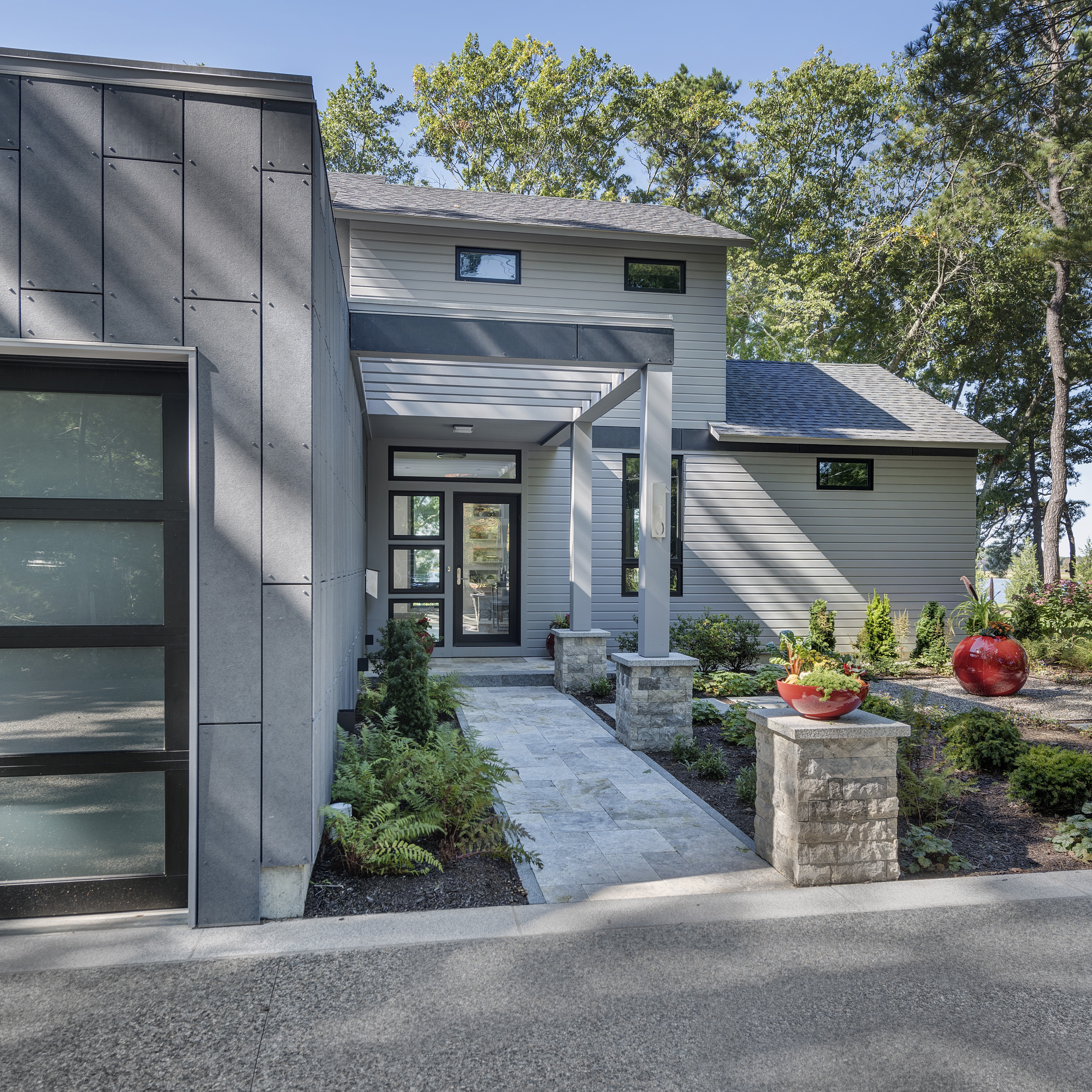 Kite_1532_Hundred Acre Cove_Greenspan Residence_Exterior_Day_Front