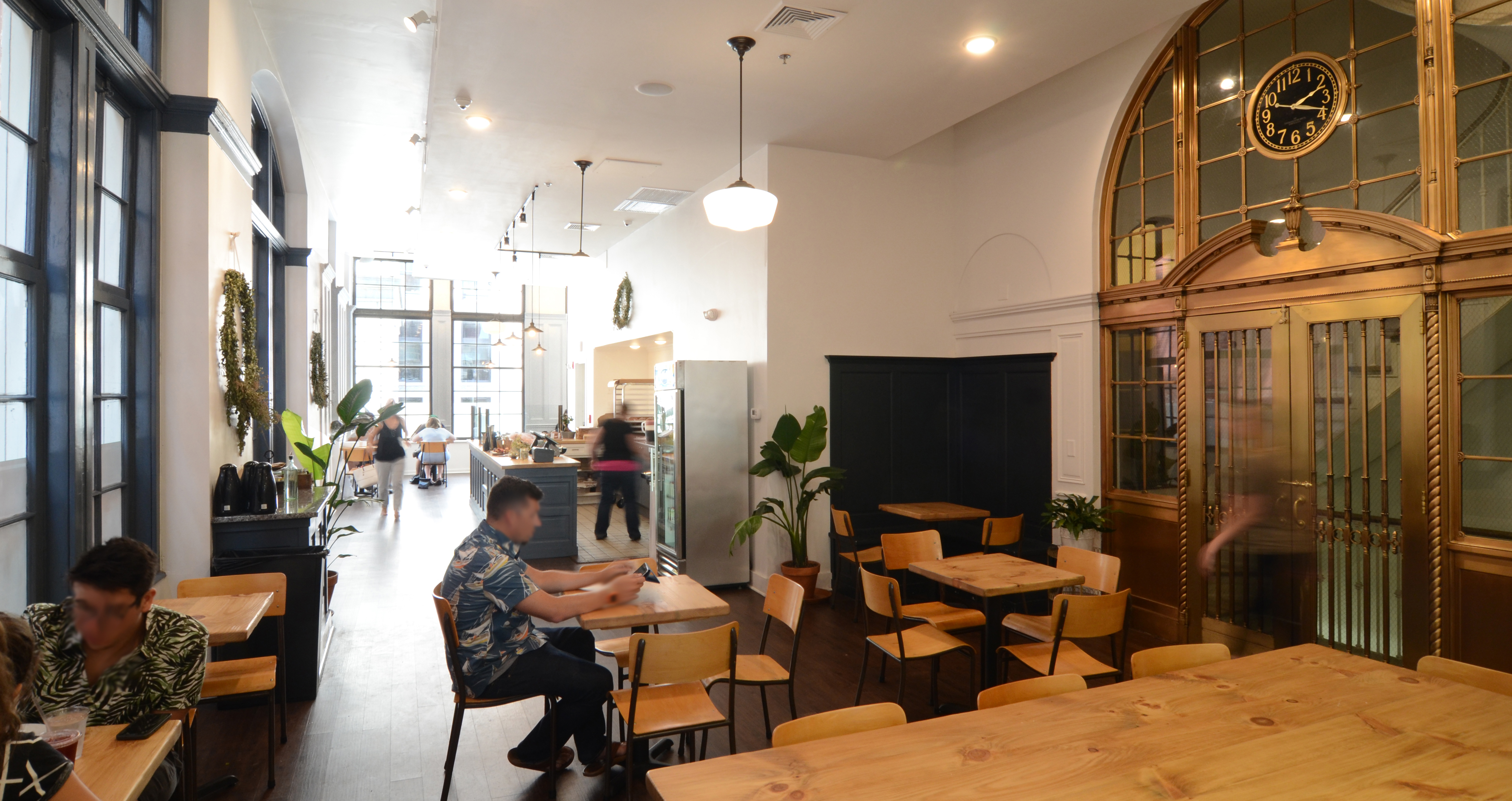 Kite-1420-Custom House Street-Providence-Knead-Cafe