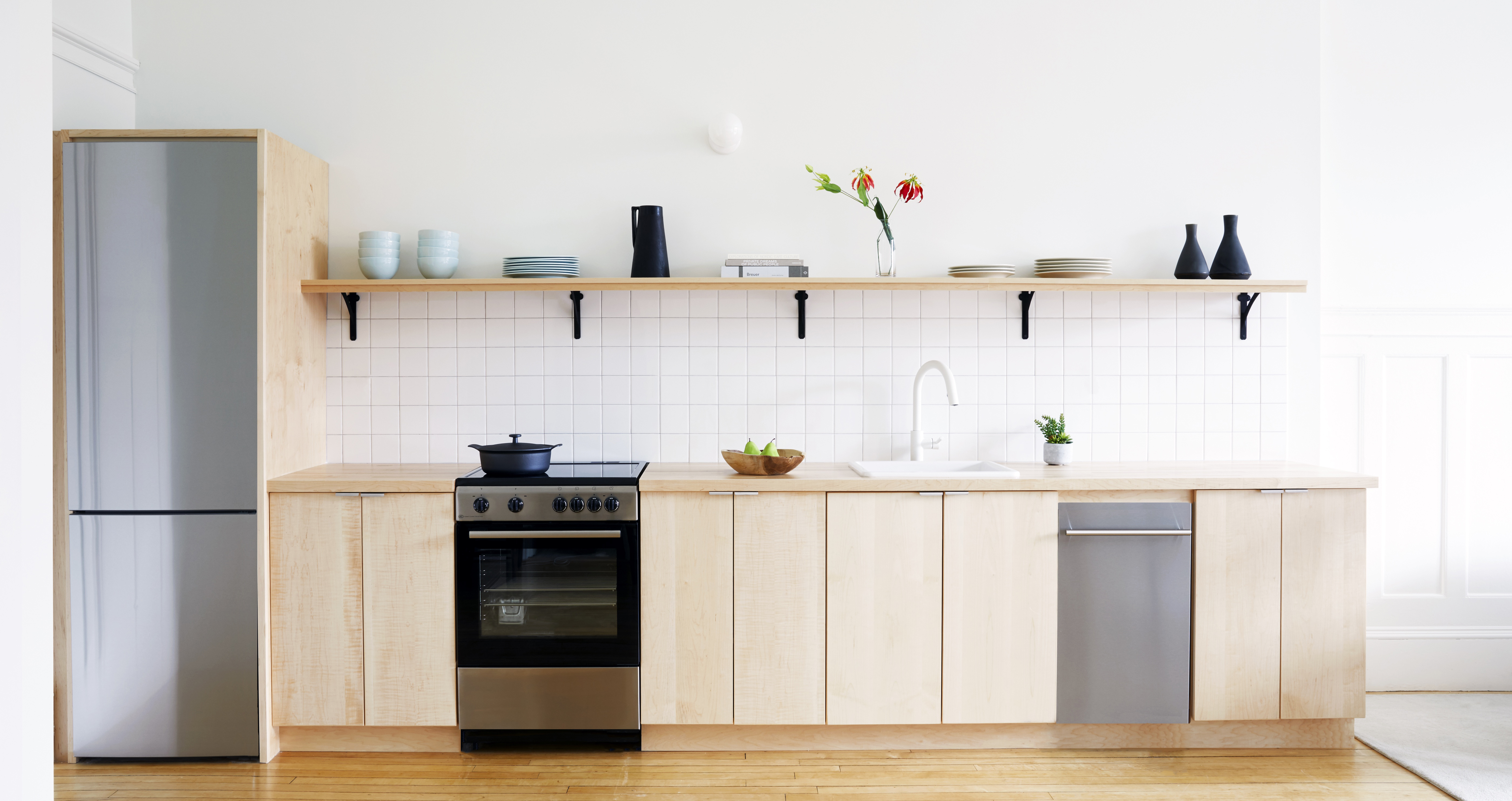 Kite-1612-Weybosset Theater District Mixed Use-Kitchen 2